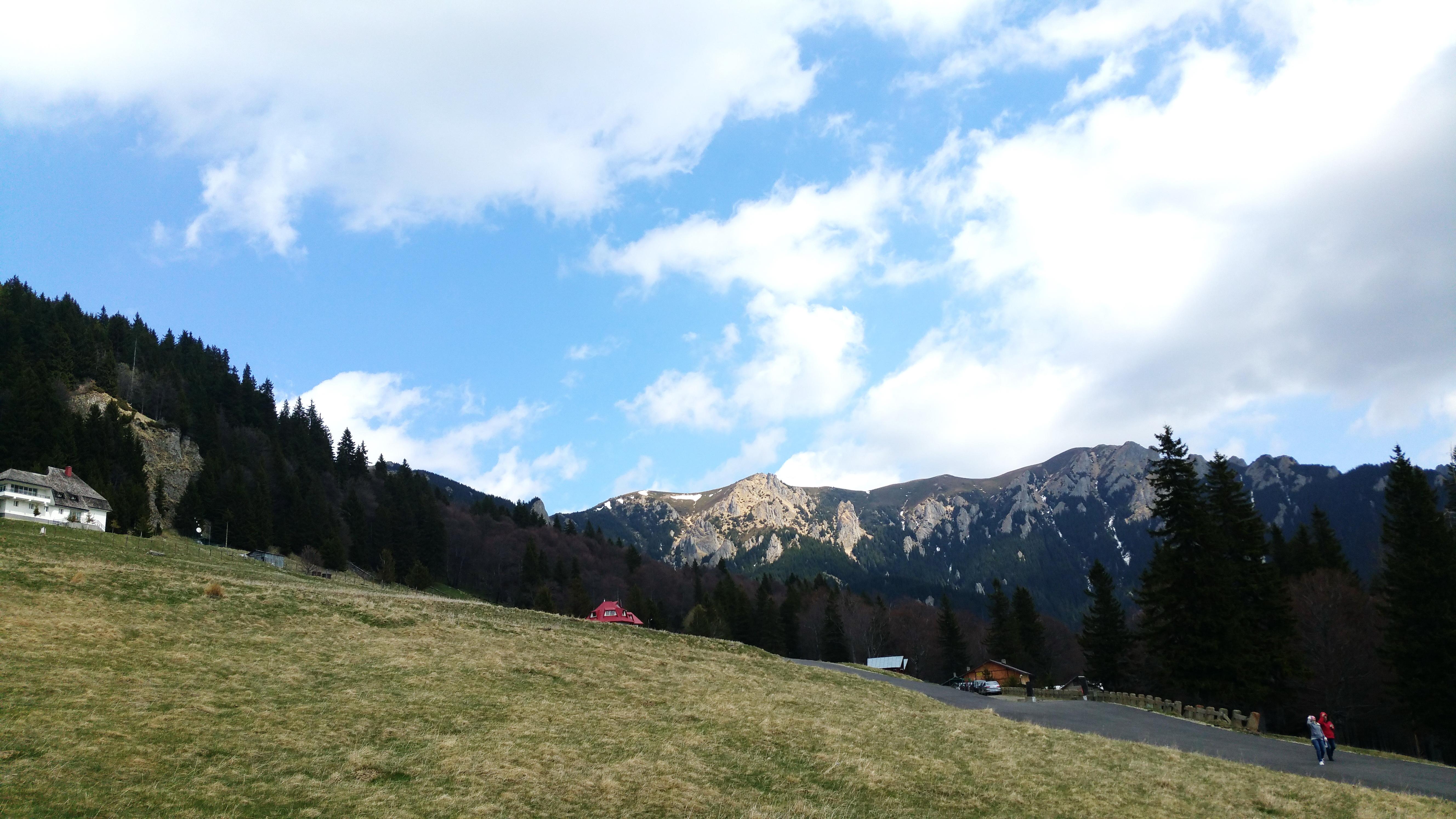 Vedere de la cabana Muntele Roşu