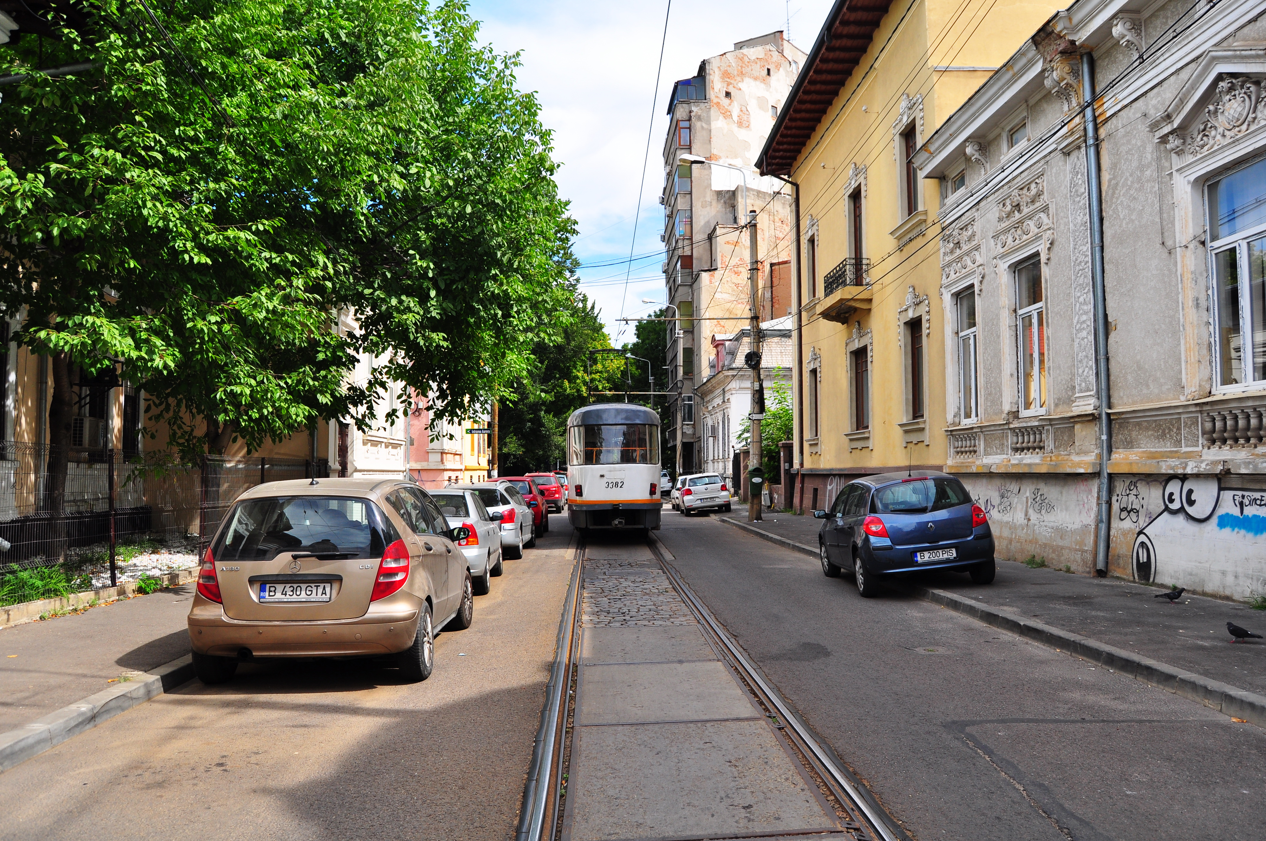 Tramvai pe Strada Ionel Perlea
