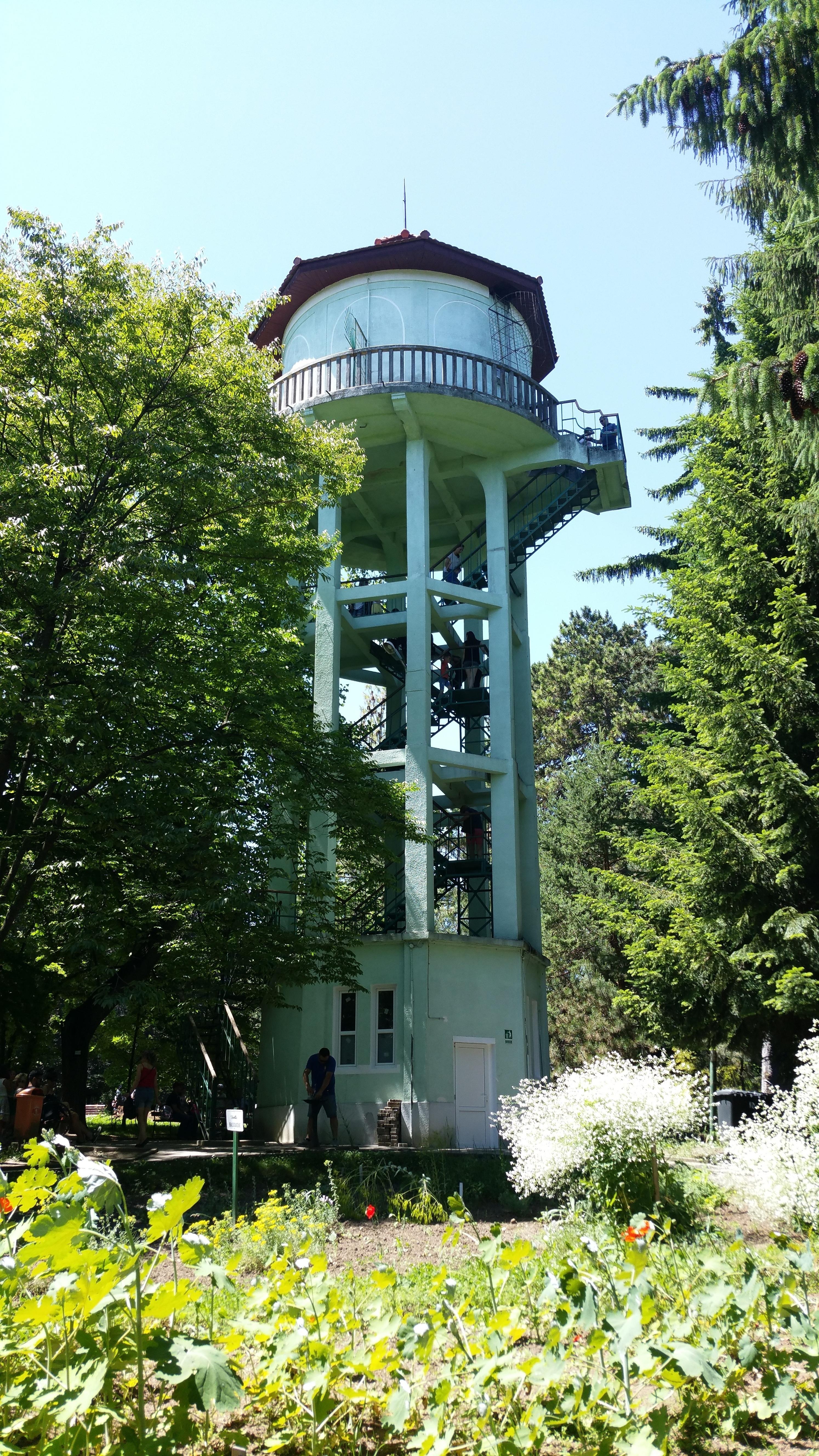 Turnul de apă. Grădina Botanică. Cluj.