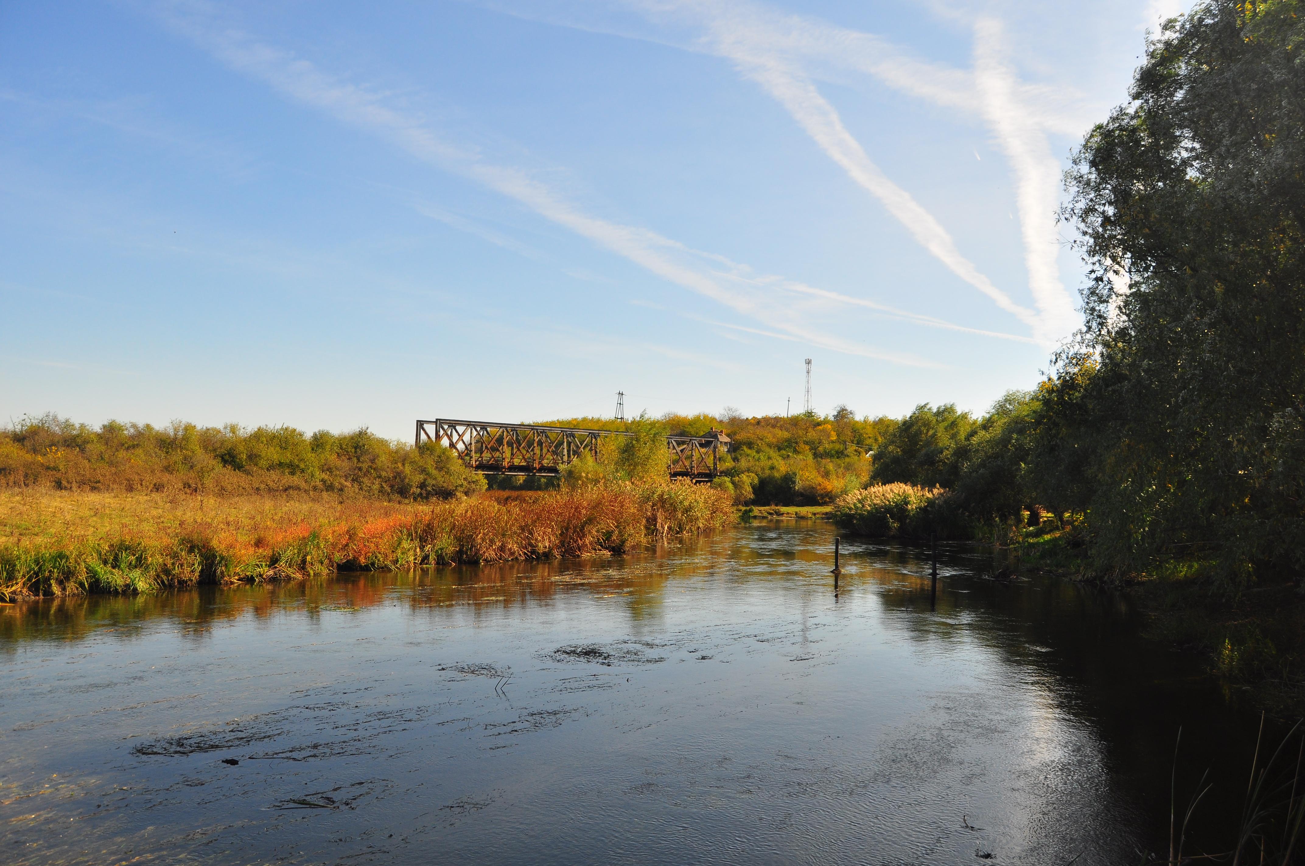 Râul Neajlov și podul de fier